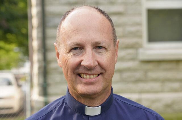 <h3>Martin Lagacé</h3> <p>Communauté de l'Emmanuel, vicaire</p>